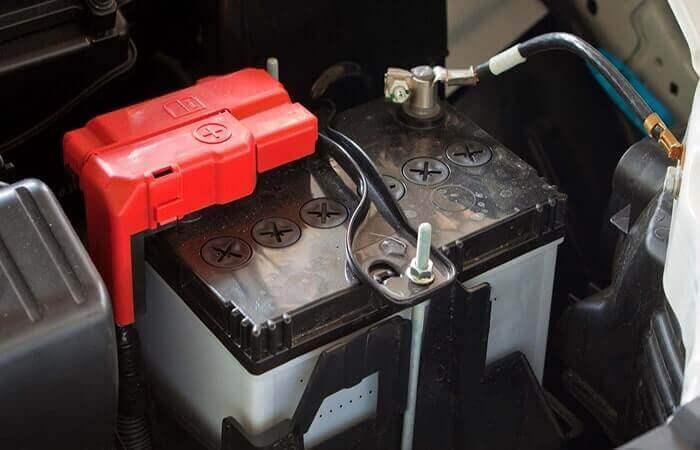 بررسی سیستم شارژ باتری خودرو